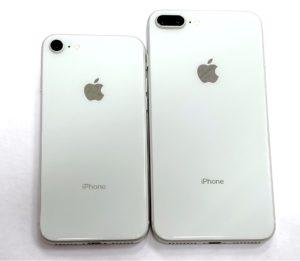 iPhone8とiPhone8Plusを並べた画像