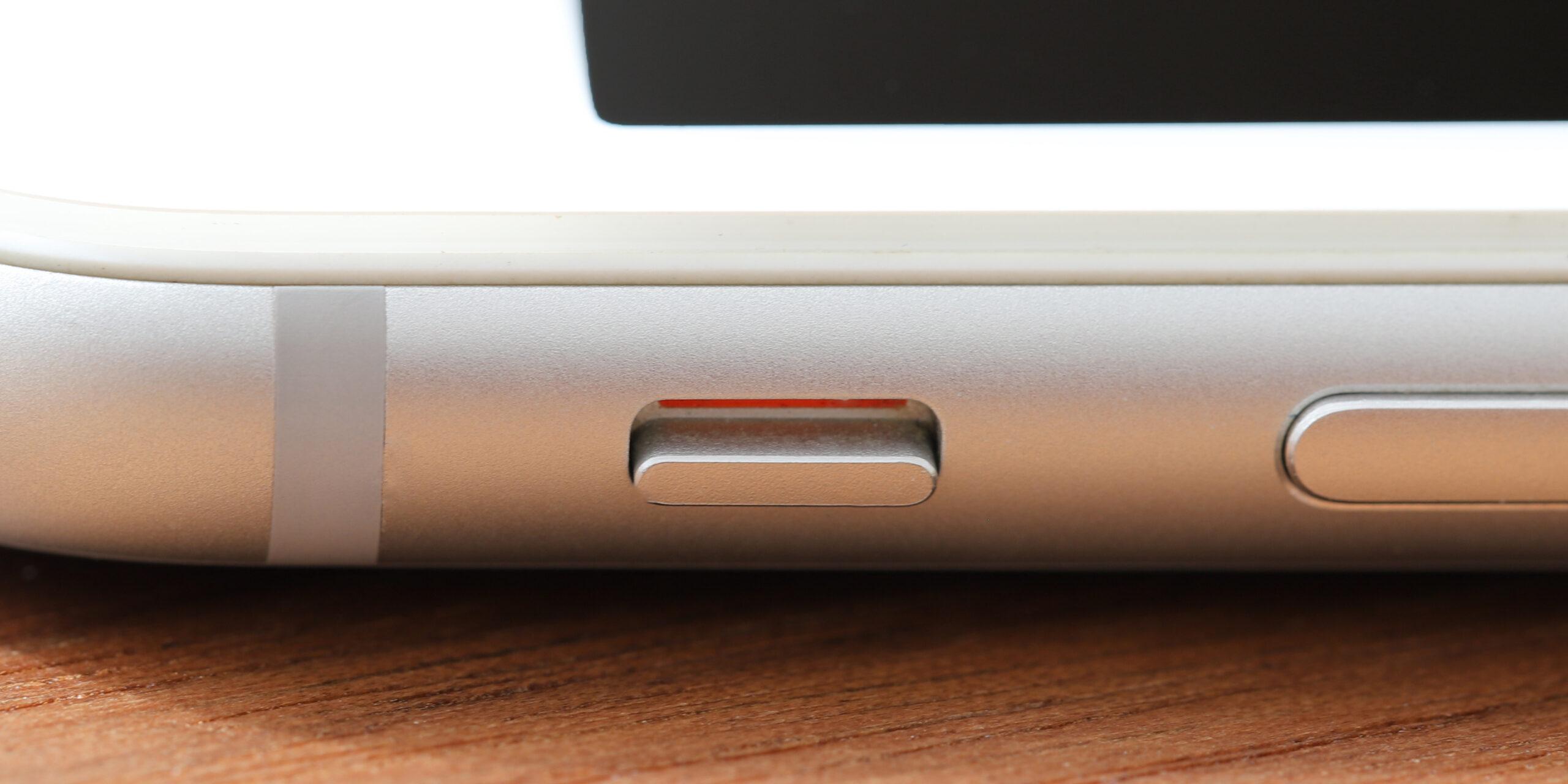 iPhoneのマナーモードスイッチ